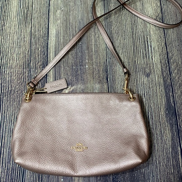 Coach Handbags - Coach Rose Gold purse/crossbody gold hardware